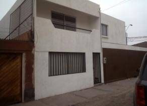 Casa impecable de dos pisos Iquique Zegers-Luis Cruz Martínez